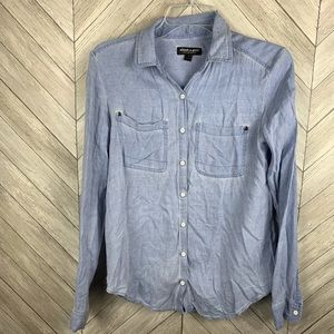 About a girl chambray button down shirt. Small